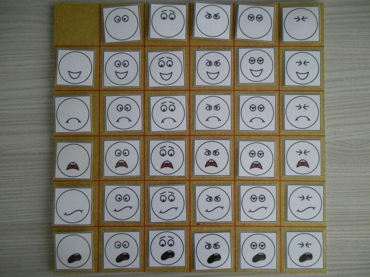 Matrix thema gevoelens: combineer de ogen met de mond en krijg telkens een andere emotie! *liestr*