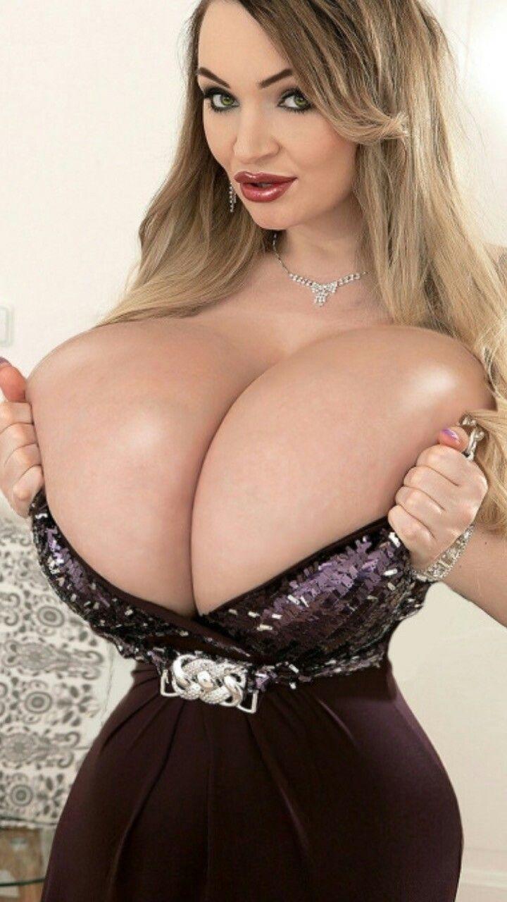 jätte stora bröst