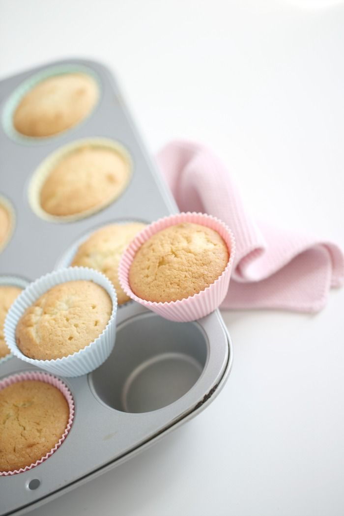 Vanilla cupcakes with pink marshmallow frosting