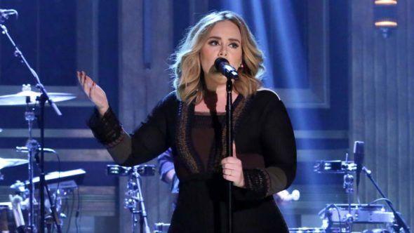 Record exibe show de Adele nesta segunda (26) com apresentação de Rodrigo Faro