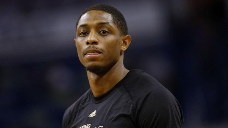 Suns' Brandon Knight has torn ACL, likely out for season #Sport #iNewsPhoto
