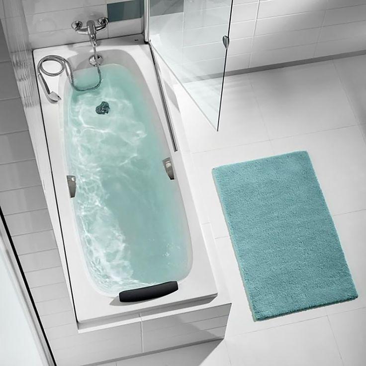 Уход за акриловой ванной. 3 правила. 1. Для мытья акриловой ванны нужно использовать только жидкие средства, не содержащие абразивных частиц. Так же для ухода за ванной из акрила не рекомендуется использовать жесткие губки и щетки с грубым ворсом. Любой абразив может царапать гладкую поверхность ванны, а через какое-то время в царапинах начнет скапливаться грязь. Стоит обратить внимание и на состав покупаемого для мытья акриловой ванны средства: в нем не должно быть спирта, аммиака или…