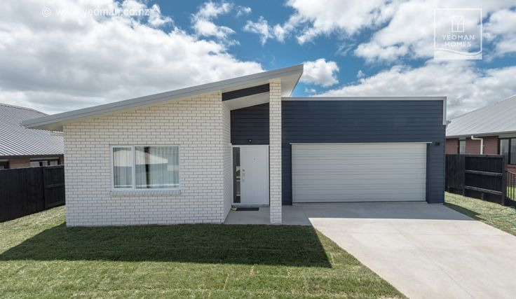 Monopitch home in Hamilton, New Zealand by Yeoman Homes
