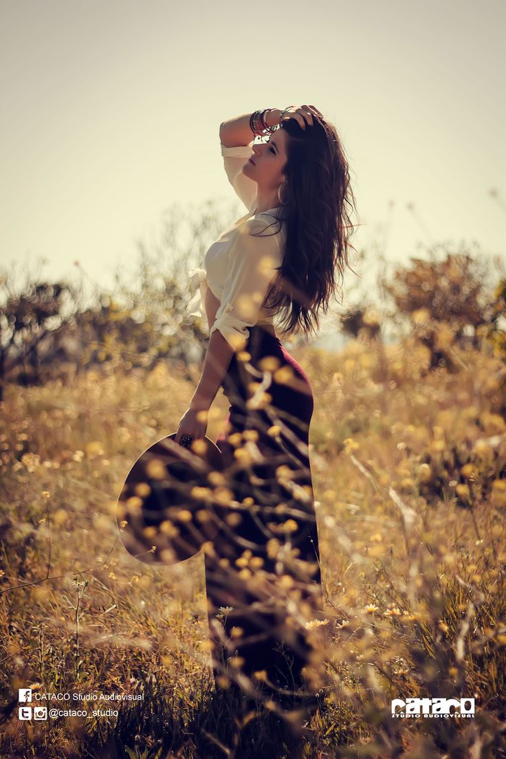 #SpanishModel #Sexy #Fashion #ChicaGuapa #FashionInspiration #Ideas #PoseIdea #ChicaSexy #PhotoShoot #Landscape #FitnessMotivation #FitnessGirls #VintageStyle #VintageFashion #WarmColor #Vintage