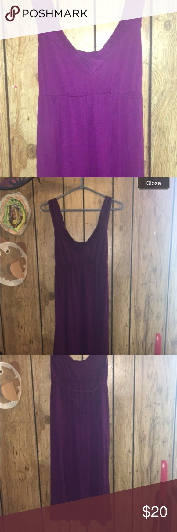 Maternity dress size M Great detailing and it ties in back for a better fit. Worn for a wedding, maybe an hour. Liz Lange Dresses Maxi