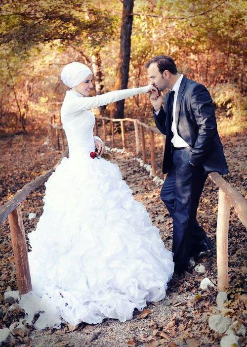 i love the simplicity of the hijab - muslim wedding