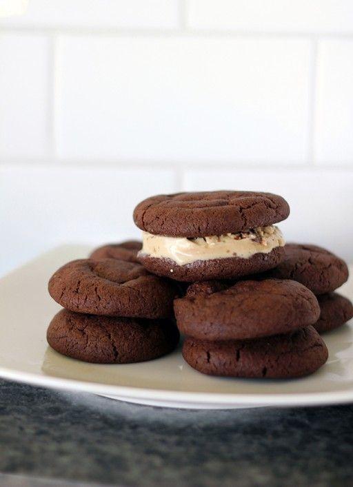 zOMG!!   sweet baby jeezus...    homemade chocolate ice cream sandwich cookies recipe!!: Ice Cream Sandwiches, Chocolate Ice Cream, Chocolate Cookies, Sweet Tooth, Cookies Recipe, Sorbet Recipes, Kitchen Magpie, Sandwich Cookies