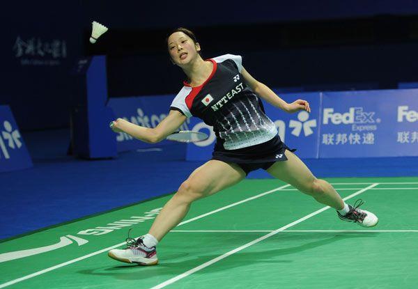 バドミントンの中国オープン女子シングルス準々決勝で、中国選手と対戦する三谷美菜津(上海)(2012年11月16日) 【AFP=時事】 ◆時事通信|バドミントン 三谷美菜津 写真特集 http://www.jiji.com/jc/d4?d=d4_ll&p=mmn408-jpp13620835 #Minatsu_Mitani