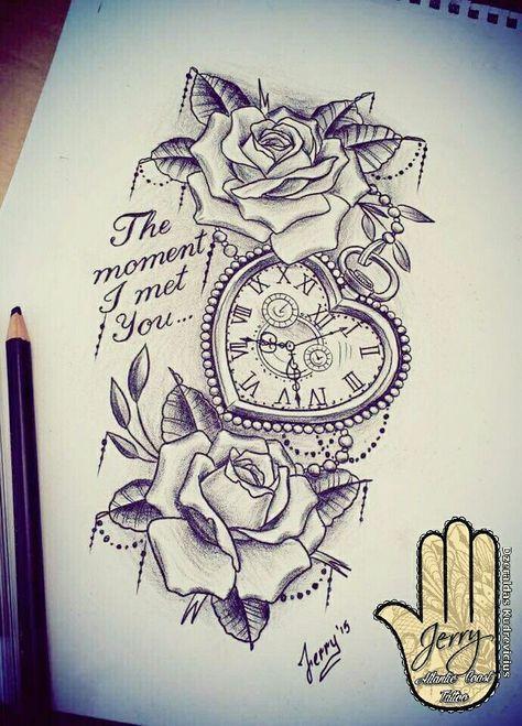 Herzförmige Taschenuhr mit Rose Tattoo Design-Idee. Spitze und Schreiben von Dzer