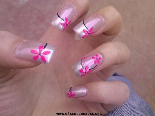 Hermosos-diseños-de-uñas-pintadas.jpg (534×400)
