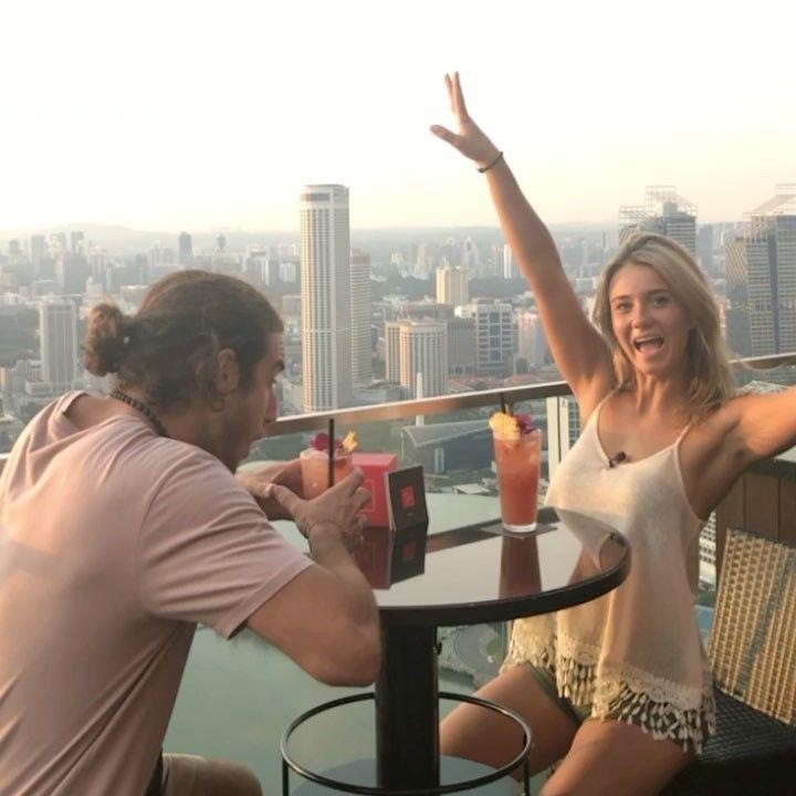 9,539 mentions J'aime, 74 commentaires – ALEXANDRA S. (@alex.s.odbali) sur Instagram : «Cocktails sur un beau rooftop! #odbali @celavisingapore»