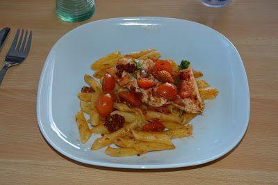 Elke Hap: Gegrilde kip met rode pesto penne