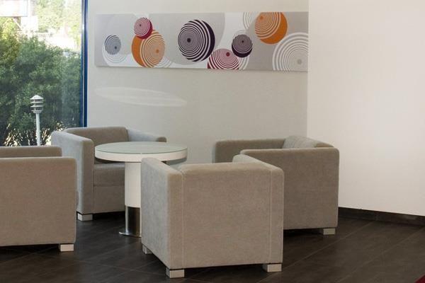 Új arculatra van szüksége irodájának? Forduljon hozzánk bátran.  http://www.deco-design.hu/irodak/