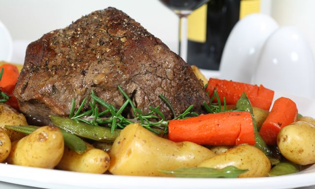4-5 lb boneless rump roast, russet potatoes, carrots