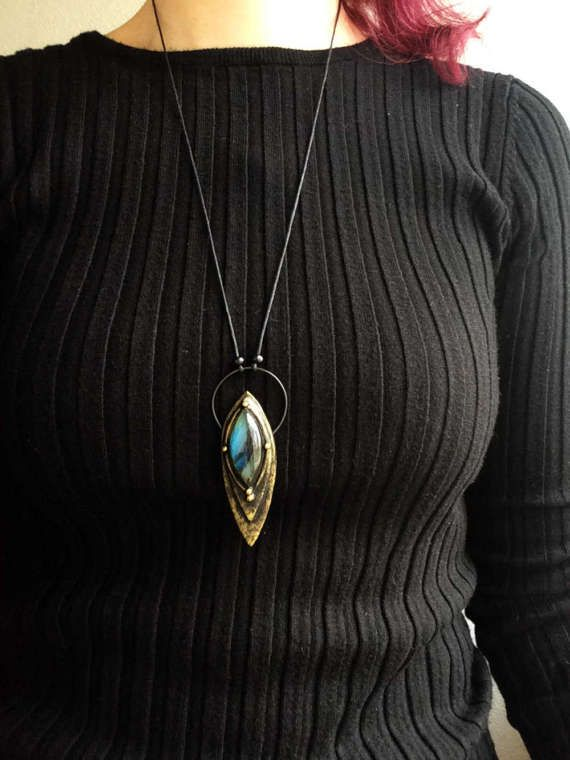 Labradorite blu collana ciondolo di cristallo streghe