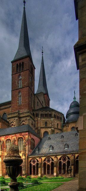 Trier cathedral, Rhineland-Palatinate, Germany | Flickr - Photo by Vee-BY