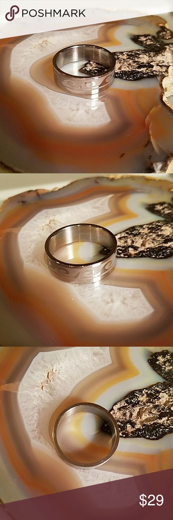 Men's Wave ring, SS, size 14 Men's wave ring,  size 14  ~~has weight 7.0 gr   ~~stainless steel, see fine scratches top n bottom not on waves  ~~nice looking ring for any man  Offers welcome Accessories Jewelry