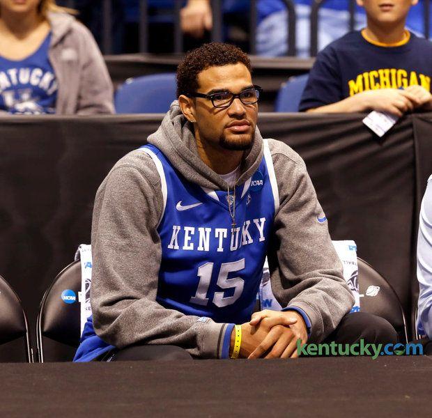 Willie watching the guys warm up before the Michigan game.  | UK News, Recruiting | Kentucky.com