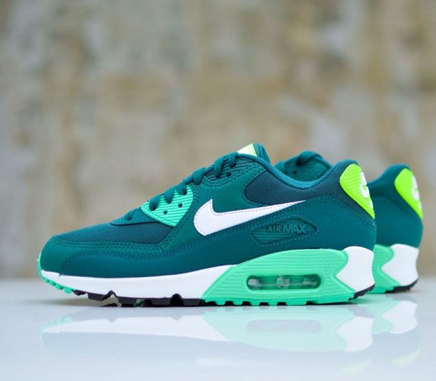 nike air max 90 vapor green christmas