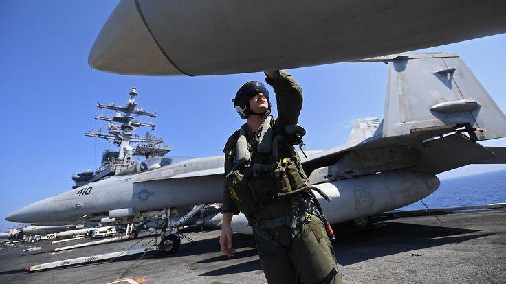 Luftangriffe oder mehr Waffen: USA loten Militäreinsatz in Syrien aus