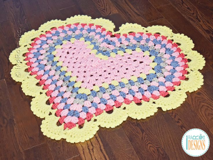 Crochet Granny Square Rug Patterns : 17 Best images about RUGS on Pinterest Crabs, Owl ...