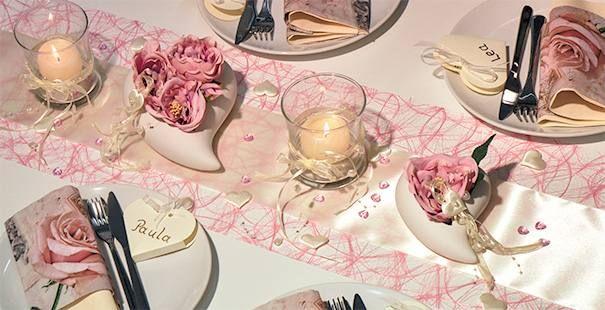 Tischdekoration zur Hochzeit in Rosa/Champagne mit Herz