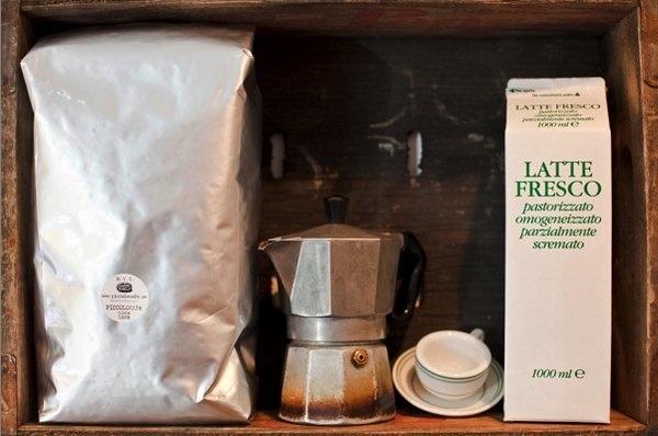 PICCOLO CAFE, NEW YORK - BY FASHION MODEL CELINE PRINS - MODELLIST-ID