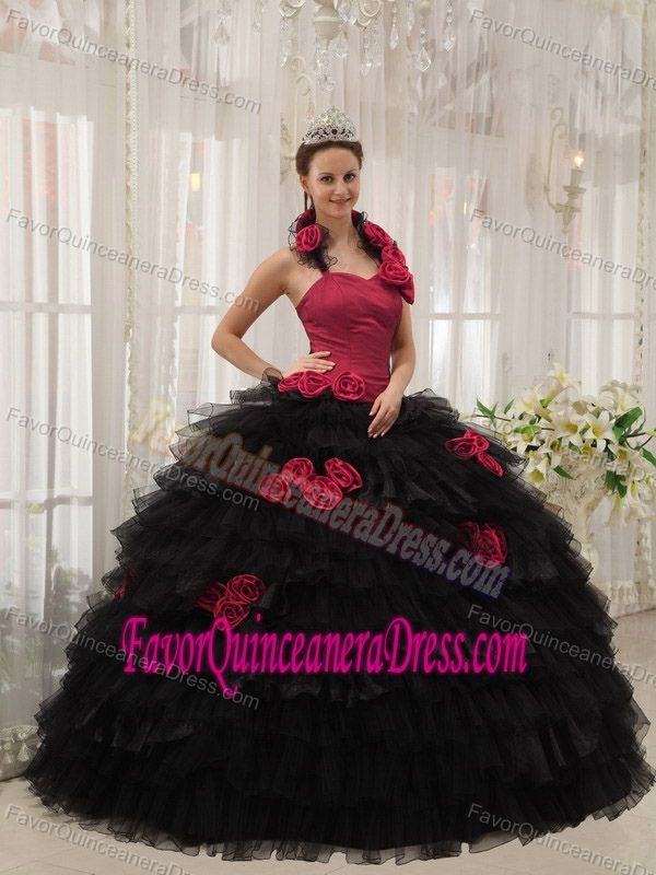 Red and Black Halter Taffeta Sweet 15 Dresses with Ruffles and Flowers