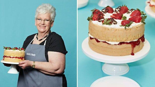 Recipe Women S Weekly Sponge Cake Queen Natalie