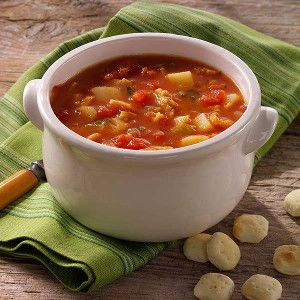 Slow Cooker Red Clam Chowder Recipe