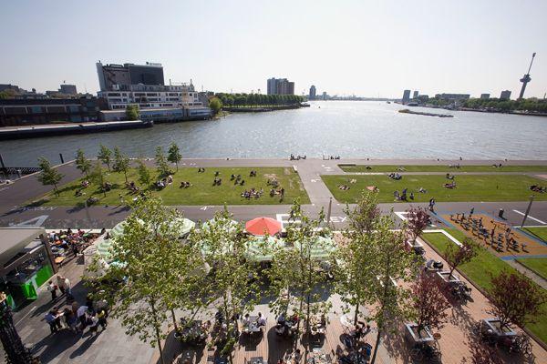 Hotel New York Rotterdam - Maaskant Terras http://www.hotelnewyork.nl/