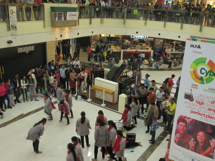 On The Occasion Of Womens Day This Educational Nukkad Natak Was Performed At DLF PLACE