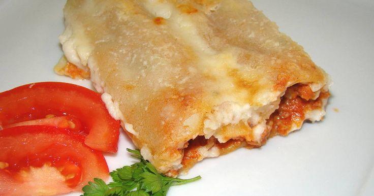Mennyei Hússal töltött cannelloni recept! Egy nagyon kiváló, igen laktató étel egyenesen Olaszországból, a húsos canelloni recept! :)
