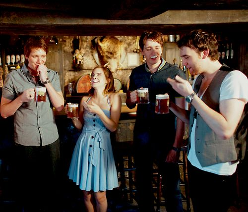 Butterbeer, anyone? I love this picture.