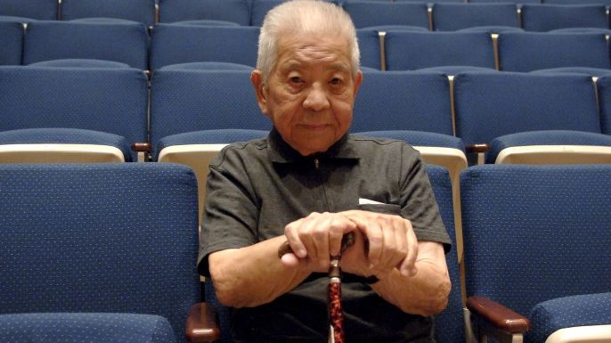 Some 260,000 people survived the atomic bomb attacks on Hiroshima and Nagasaki during World War II, but Japanese engineer Tsutomu Yamaguchi was one of the very few who endured the horror of both blasts and lived to the tell the tale.