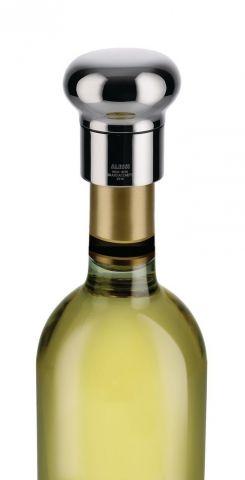 NOÈ - Wine bottle stopper designed by Giulio Iacchetti.