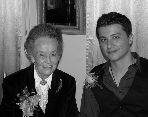 826 Paranormal Explores 2008 Haunted Dinner With Lorraine Warren and Ryan Buell