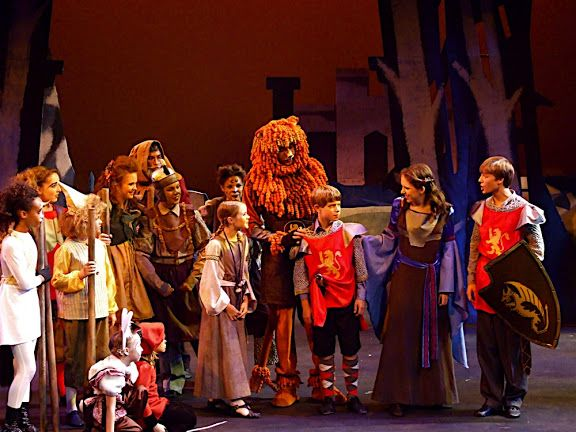 lion witch wardrobe stage play pdf