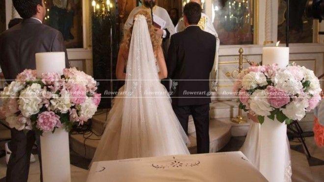 λαμπάδες γάμου με μεγάλα στεφάνια από παιώνιες και ορτανσίες - Στολισμός Γάμου, Βάπτισης, Δεξιώσεων