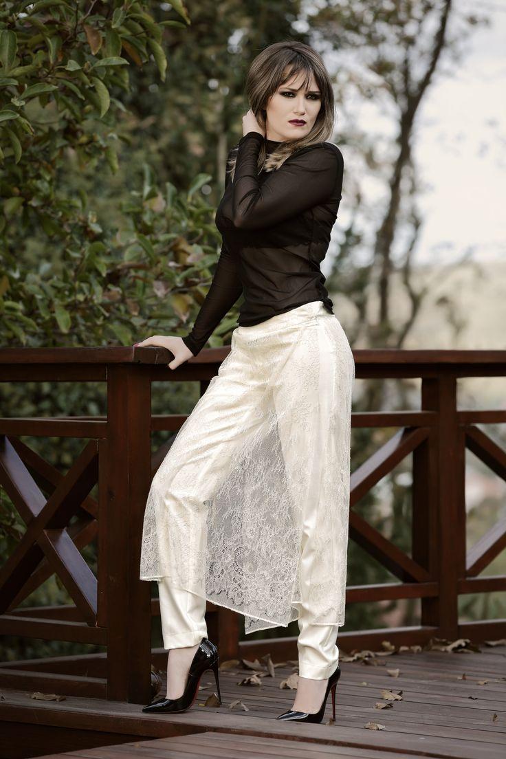 Bukre Pohle / fashion designer / personal stylist / black shoes white pants black top make up Editorial Stylist Personal Stylist Fashion Designer
