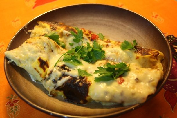 Pitadas & Colheradas: Enchiladas de frango, pimentos e molho béchamel