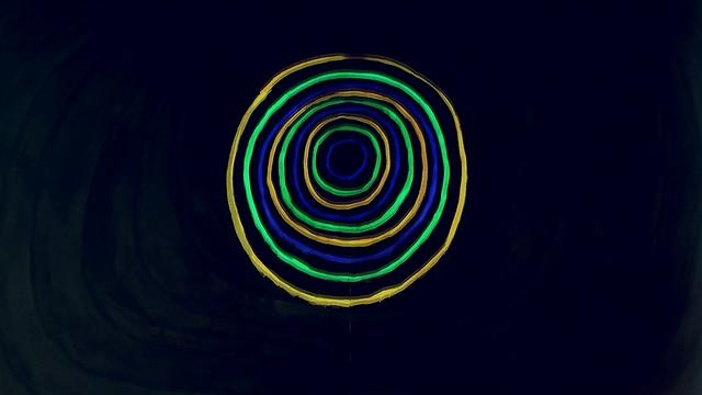 en2ak - Trust Bust w/ Night Marks Electric Trio [UKM 013]