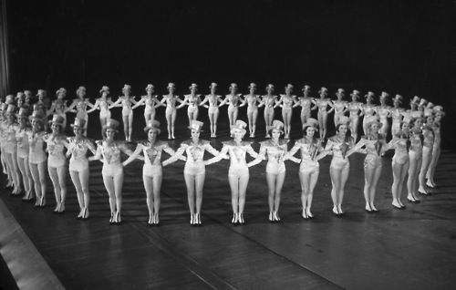 Radio City Rockettes in performance, 1933