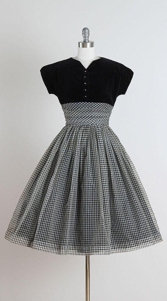 Doris Dodson . vintage 1950s dress . vintage by millstreetvintage