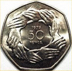 """Reverse of 1973 Fifty Pence Cupro-Nickel ProofSuperb and Scarce Official Royal Mint 1973 EEC """"Hands"""" Solid Silver Fifty Pence Piedfort Proof Coin in Case Item A Marvellous and Scarce Vintage Royal Mint Solid Silver 1973 Piedfort Proof EEC 50P Coin, in Case."""