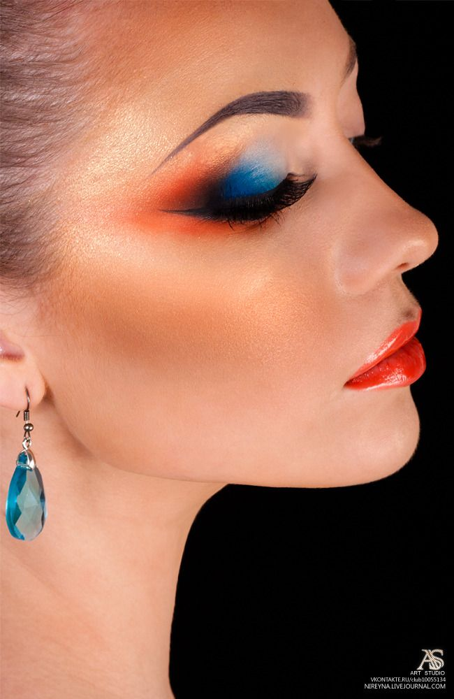 nireyna: Arabic Make Up Tutorial (reupload from 2009): Bright Makeup, Colors Combos, Perfect Makeup, Beautiful Shadows, Womn Beautiful, Splendid Eye, Contrast Colour, Makeup Photo, Awesome Eye