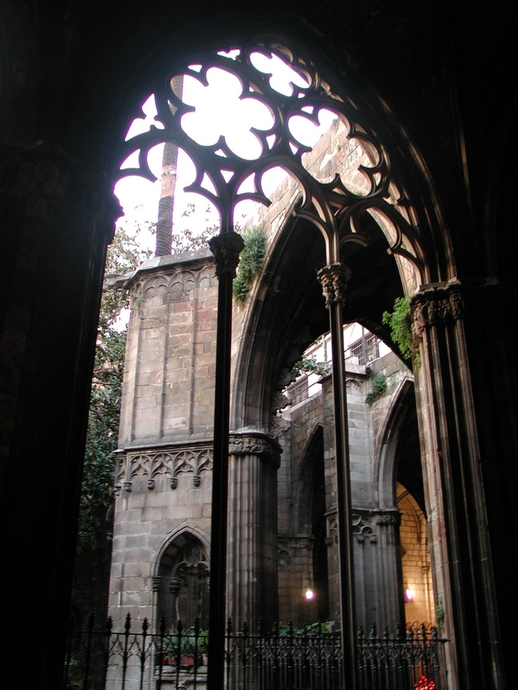 Catedral de Barcelona, cloister  Barri Gotic (Gothic quarter) Barcelona, Spain.