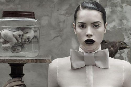 Ruven Afanador's Dark Glamour photo 1
