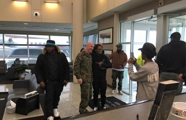 Lil Wayne Hung Out With Military Personnel At the Airport And Did Something Really Cool