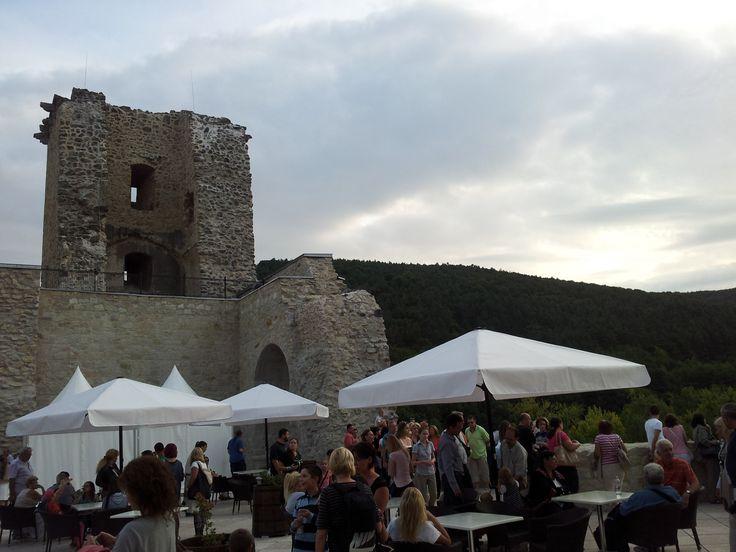 A vár átadásakor